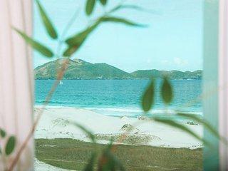 Linda vista p Praia do Forte 03qts APT, wi-fi, 02vg, Cabo Frio