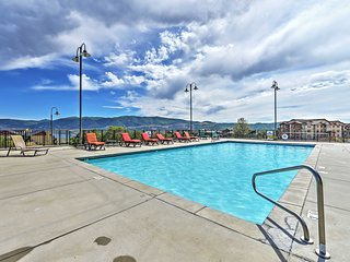 1BR Condo w/Serene Mountain Views! Minutes from Deer Valley's Deer Crest Gondola and Jordanelle Lake!, Heber City