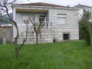 casa de campo con jardin ,en ribadavia., Ribadavia