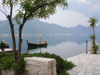 Luxuy Penthouse in Ljuta, overlooking Kotor Bay,