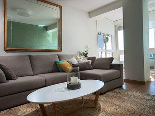 Nuevo y soleado de 3 dormitorios-2 baños Vistas al mar Centro de Málaga, Malaga