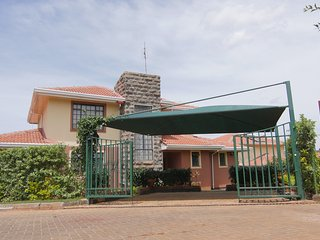 Fourways Junction Villa, Nairobi