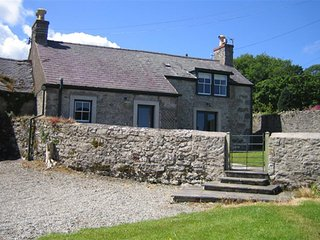 Fancy House (FL019), Moelfre