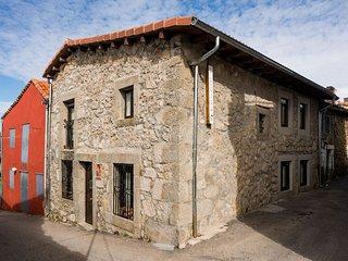 Alquiler de casa rural la covatilla III. La Hoya .