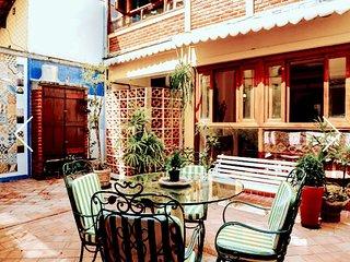 Casa na praia da Macumba, dentro de condominio .