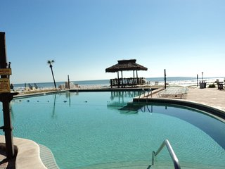 Ocean Front $55/night Hawaiian Inn Resort #135, Daytona Beach