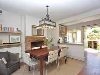 MSCOT Cottage in Cheltenham, Teddington