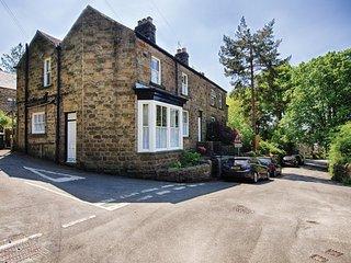 PK838 Cottage in Bamford, Calver