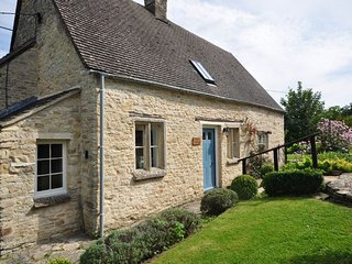 40330 Cottage in Chedworth