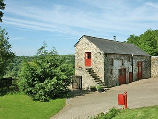WHEAT Barn in Llandovery, Llanfair Clydogau