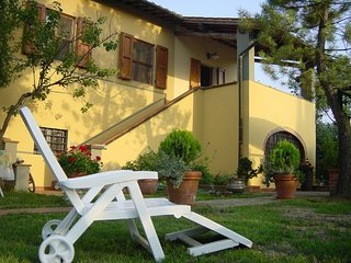 villa a Montespertoli tra Firenze,Siena,Pisa.