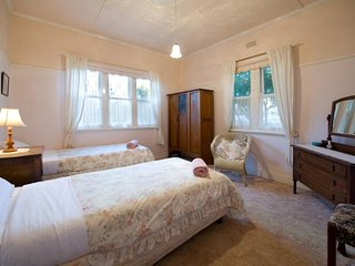 Linga Longa: Sleeps 11 - The 5 bedroom 'Homestead'