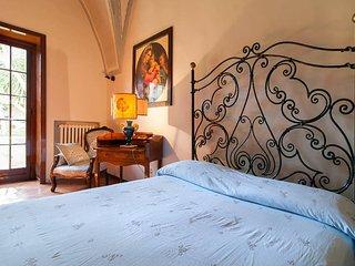 Villa d'epoca con giardino in Salento tra Ionio e Adriatico
