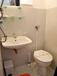 Trullo Standard (piccolo bagno con doccia)