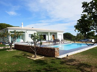 4 Bedroom luxury villa close to Vale do Lobo
