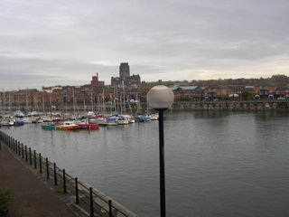 2 bed 2 bath apartment marina location, Liverpool