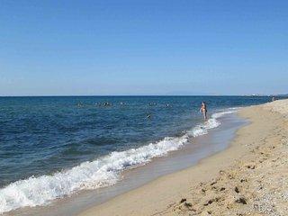Trilocale nuovo a 50 metri dalla spiaggia!, Badesi