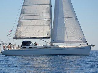 location  voilier 15 metres avec skipper et hotesse  Grece au depart de Corfou
