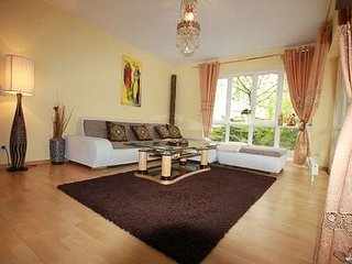 Berlin central prime location Apt. With high standart