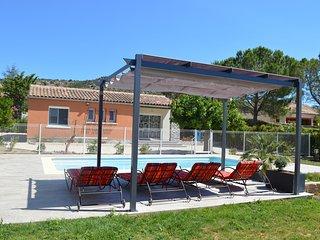 CAVAOU ***  maison independante avec piscine