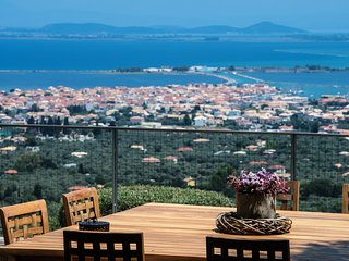 Exclusive, hilltop, secluded, top service, Lefkada Town