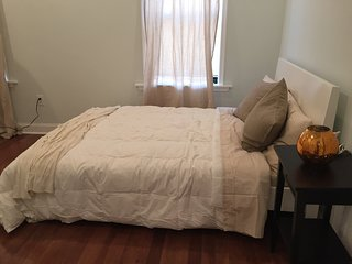 Spacious Private Modern Two Bedroom Apartment !!!!, Philadelphie