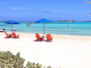 Hideaways 2BR/2BA Condo at Palm Bay on Great Exuma