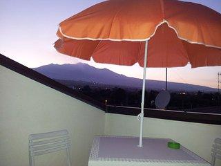 Spazioso Monolocale vista mare e Etna, Acireale