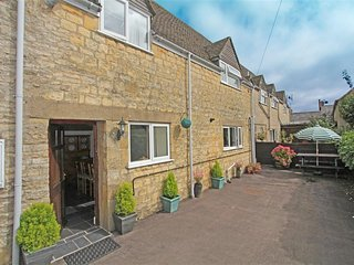 The Old Forge Cottage (C537), Stow-on-the-Wold