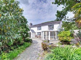 Panteidal Farmhouse (FL035), Eglwys Fach
