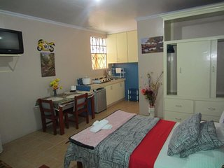 Lyn's Do Drop Inn Baguio - Studio Apartment - 3
