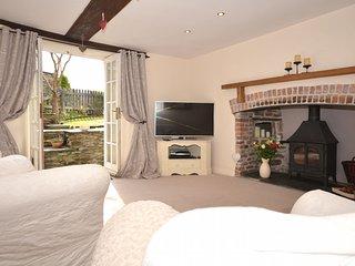42987 Cottage in Launceston, Milton Abbot
