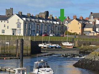42019 House in Aberystwyth, Aberdyfi (Aberdovey)