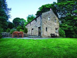 PK173 Cottage in Chapel-en-le-, Castleton