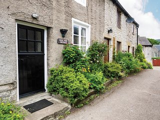 PK379 Cottage in Castleton, Chapel-en-le-Frith