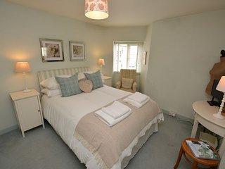 42308 Cottage in Torquay, Denbury
