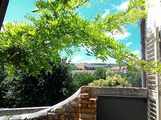 Casa vacanze con giardino per 5 persone, Offida