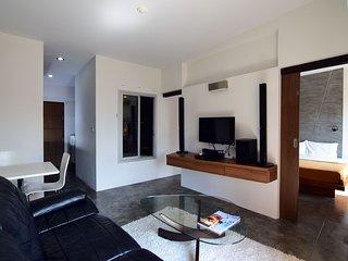 One Bedroom Condo in Samui - RePlay C405, Bophut