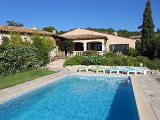VILLA PHILIPP   Paradies mit Blick nach St. Tropez