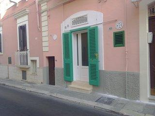 Casa Emilio in via Cadorna, Monopoli