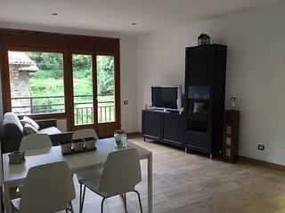 Precioso Apartamento. Muy tranquilo con vistas a la montaña