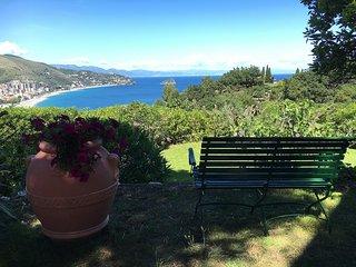 Villa TEA - Villa con Vista Panoramica unica, Noli
