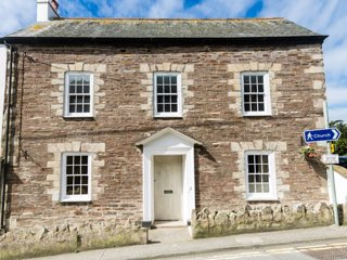 Cherry Orchard Apartment, Mevagissey