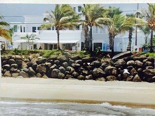 Hotel. Restaurante. Bar, Aguada