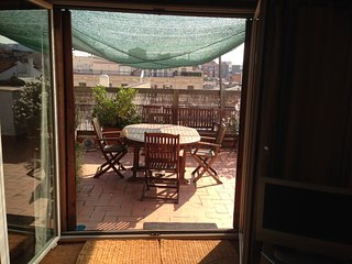Double room w/private bathroom & terrace penthouse, Barcelona