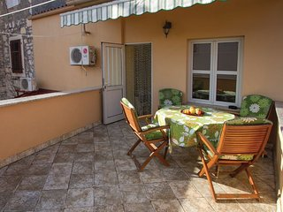 3 BR Old Town House with Terrace, Rovinj