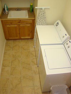 WASHER AND DRYER -  DETERGENT INCLUDED