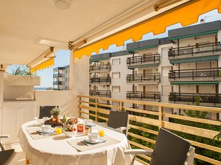 L'Eixideta Apartment Salou - Family Friendly & On the Beachfront