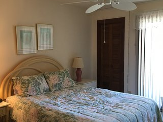 End of summer SPECIALS! Extended stay for fall and winter! First level condo!