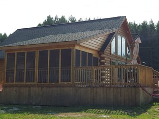 Blue Mountain SKI and Winter Retreat, Thornbury
